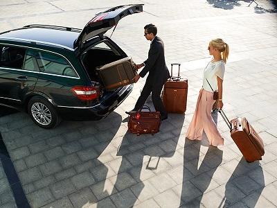 Луксозни автомобили под наем за бизнес пътуване и трансфер